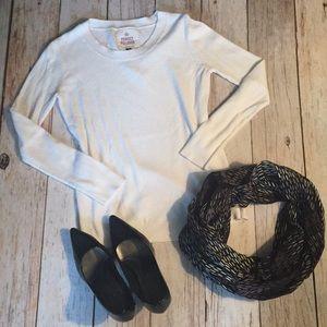 Sweaters - Designer white crewneck tunic sweater small
